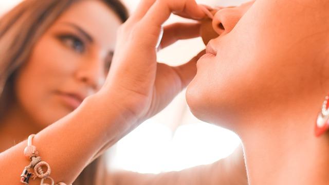 W jakich sytuacjach warto zastosować płatki pod oczy?